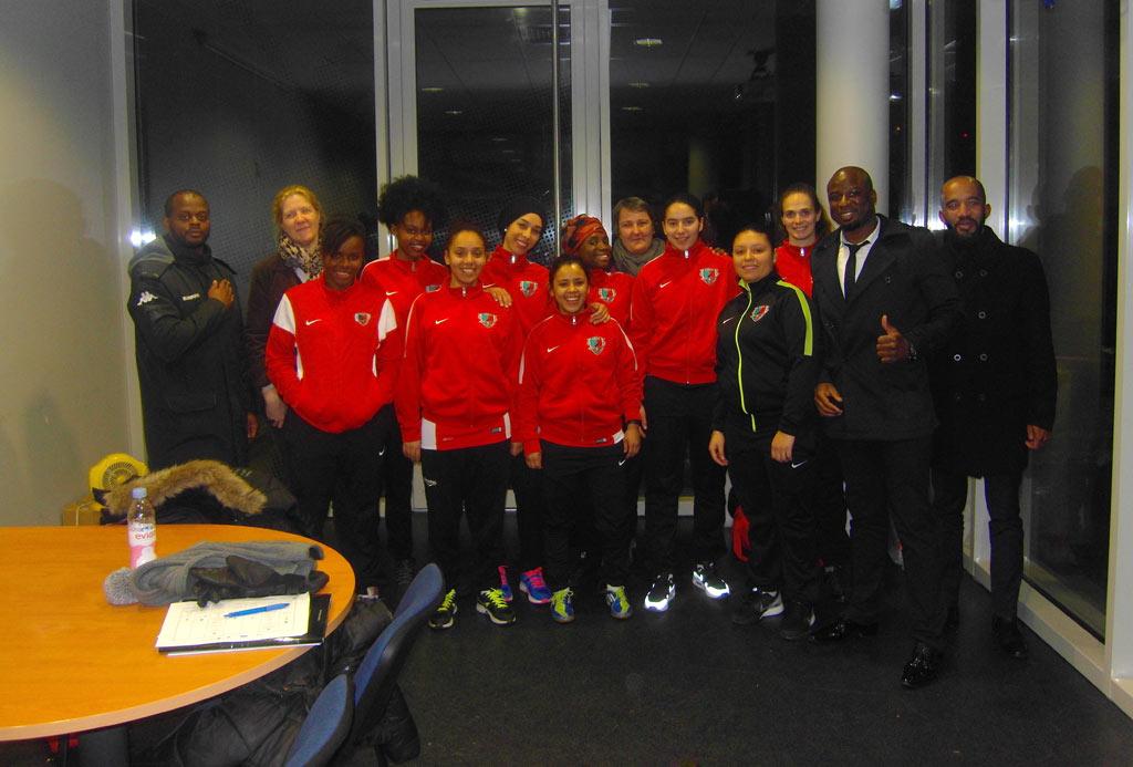 Osica et l'équipe des féminines